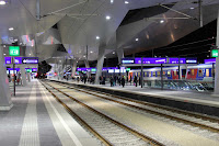 10-Vienna-Central-Station-by-Theo-Hotz