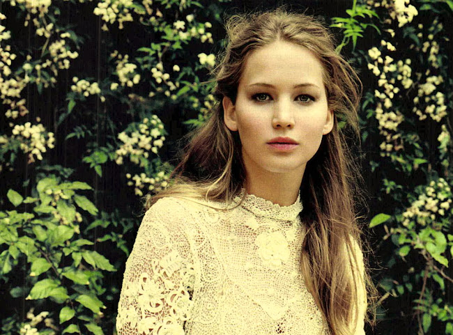 images of JENNIFER LAWRENCE in Italy's Gioia Magazine May 2012 Issue