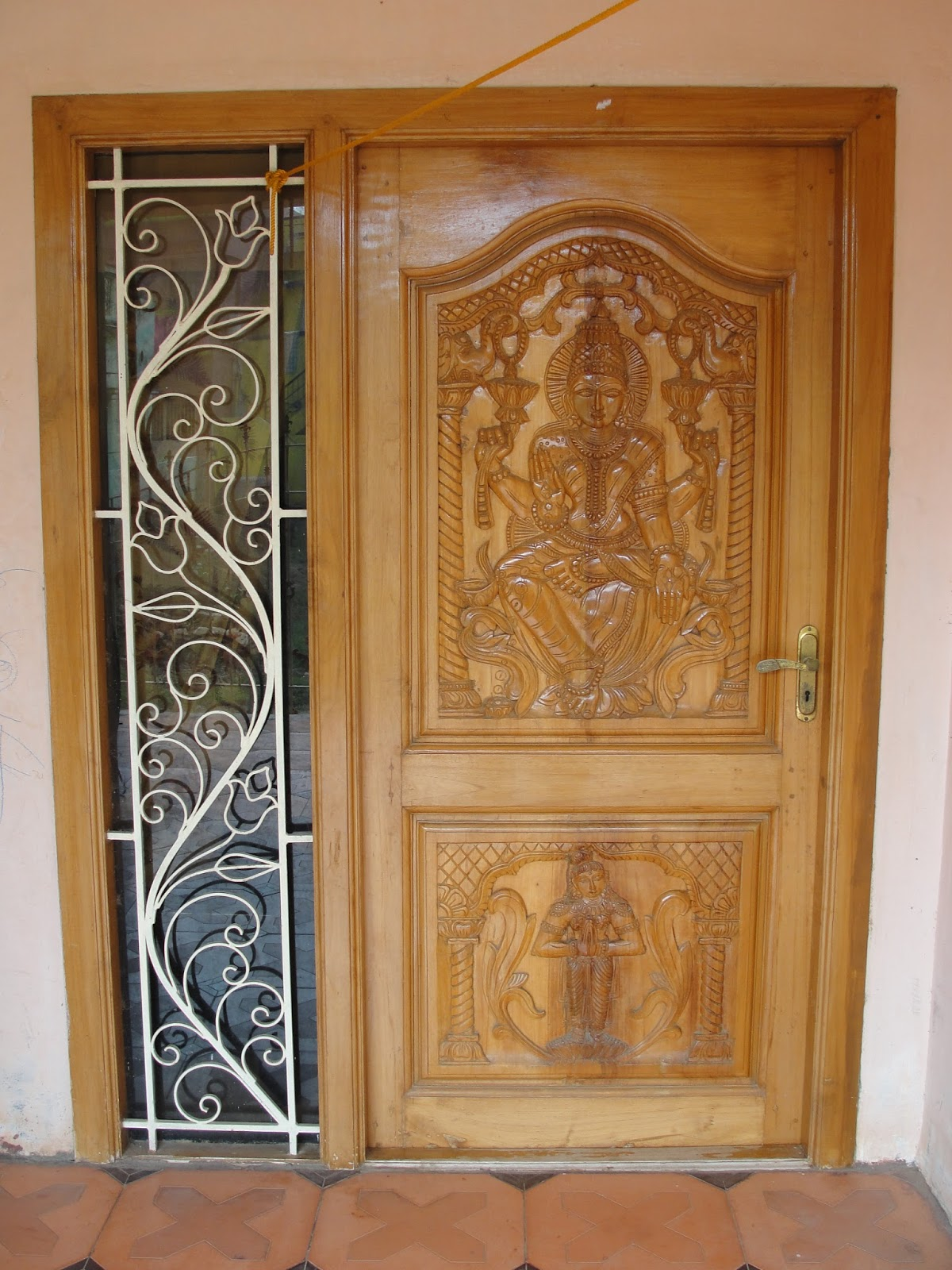 Free vaastu tips vastu tips for home vastu shastra for Entrance door designs for flats in india