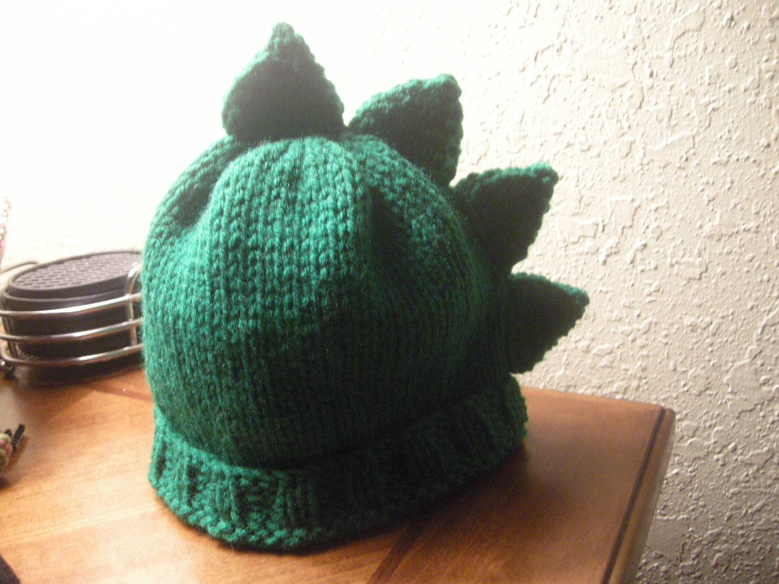 Knit Dinosaur Pattern : The Knit Ninja: Dino Spikes Knitting Pattern