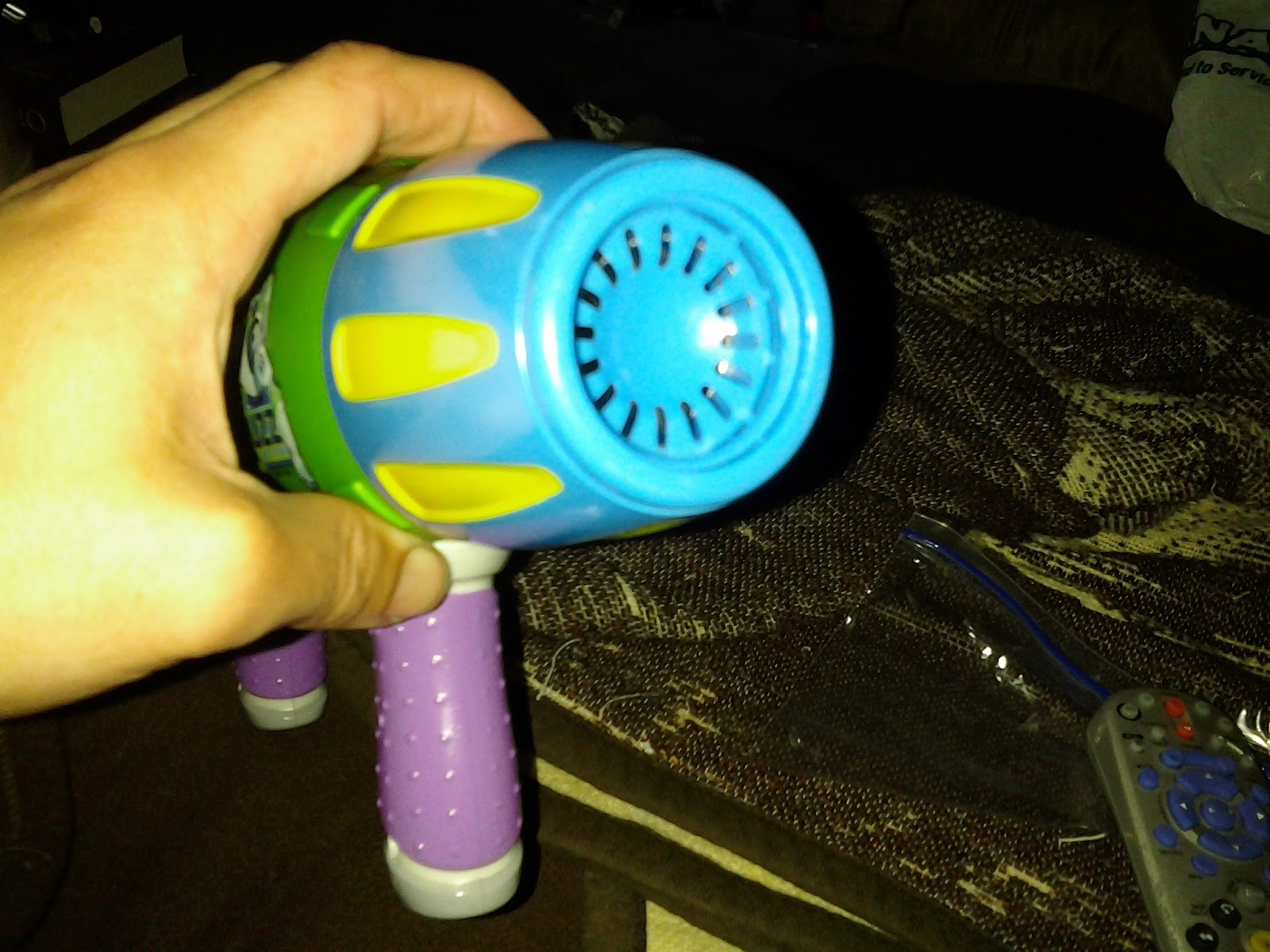 Buffdaddy Nerf: Toy Story Buzz Lightyear\'s Blaster Review and ...