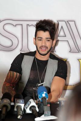 Gusttavo Lima na coletiva da gravação de seu DVD (Foto: Orlando Oliveira / AgNews)