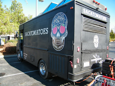 Sacatomatoes Food Truck