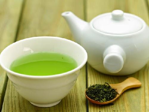 Đắp mặt nạ trà xanh có tác dụng gì?