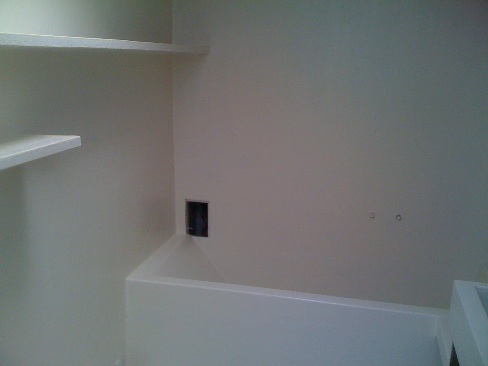 Polyester Badkamer Muur : Ruimtevisser: een badkamer uit polyester