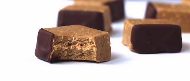 Healthy Graham Cracker Fudge - Desserts with Benefits