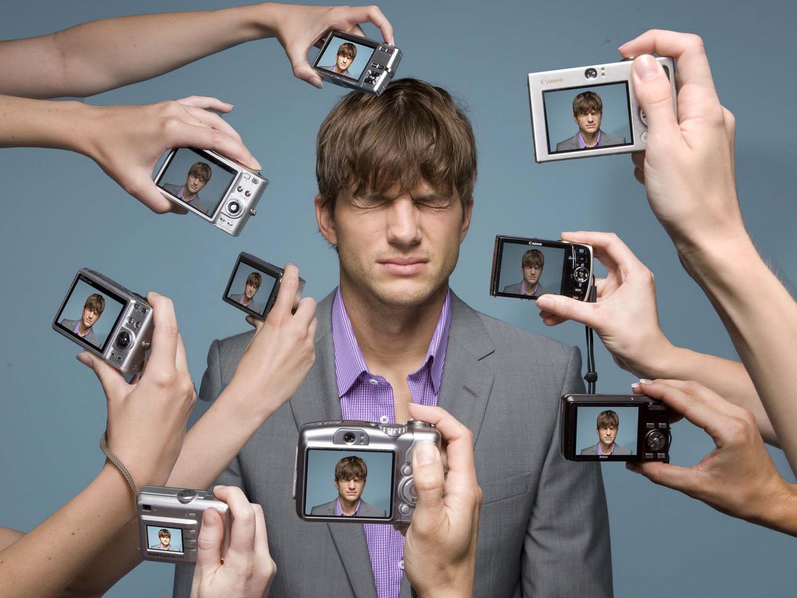 http://1.bp.blogspot.com/-51MaBLJ4hwk/UT8wLWJeMMI/AAAAAAAA2n0/qTx_-JbGe1I/s1600/ashton-kutcher-photoshoot.jpg