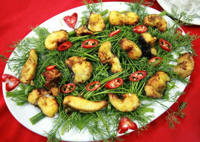 Cha ca La Vong (grilled minced fish)