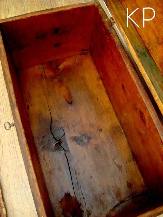 Baules de madera antiguos color caoba