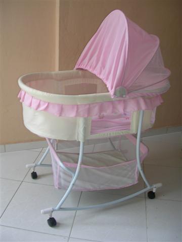 Magdelyn al d a el mois s o cuna para el beb for Como decorar una cuna