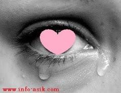 Kisah Cinta Mengharukan