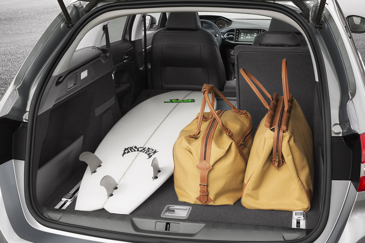 Peugeot 308 SW trunk