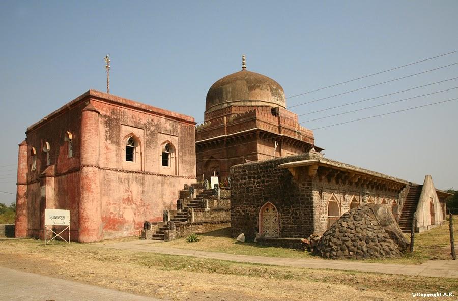 Chhappan Mahal Museum