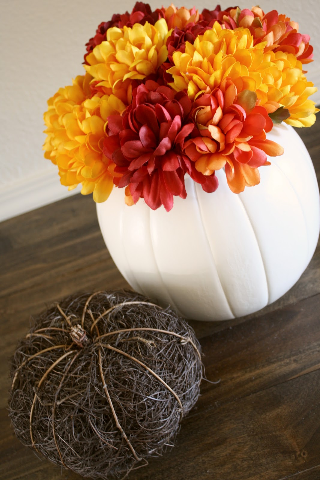 Cheap Pumpkin Planter {$1 Plastic Pumpkin Makeover