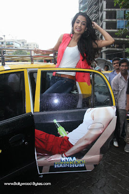 Sarah Jane Dias Promoting Kyaa Super Kool Hain Hum