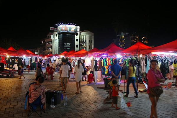 Marché de nuit à Vientiane - Laos