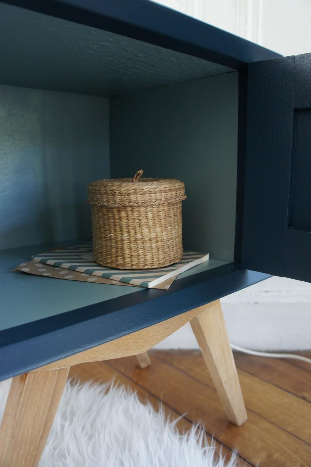 atelier petit toit le chevet pieds compas de jeanne et joseph. Black Bedroom Furniture Sets. Home Design Ideas