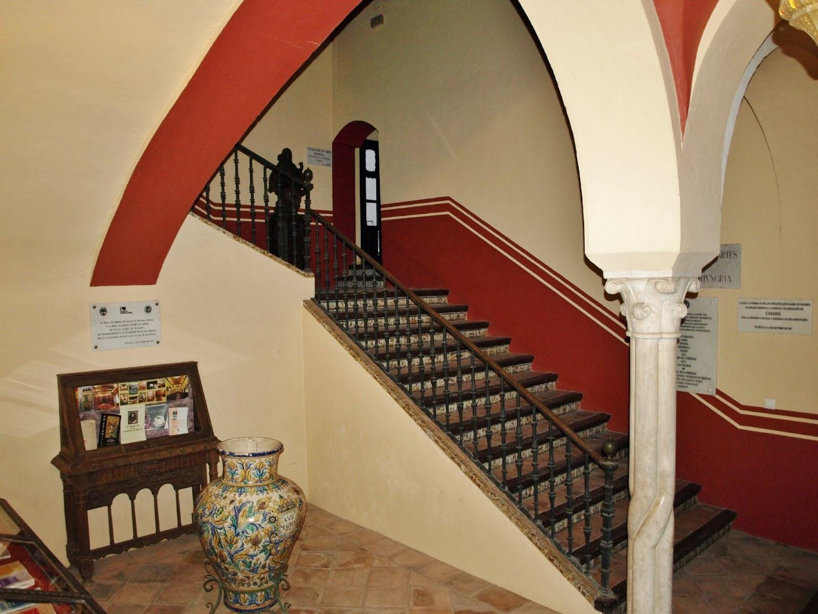 Sevilla daily photo la casa de los pinelo 3 el - La casa de los uniformes sevilla ...
