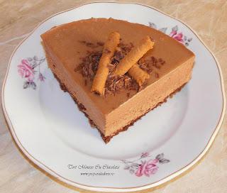 mousse, mouse, tort, torturi, dulciuri, deserturi, tort mousse de ciocolata, tort aniversar, retete culinare, cake, tort onomastica, tort de la multi ani, mous,