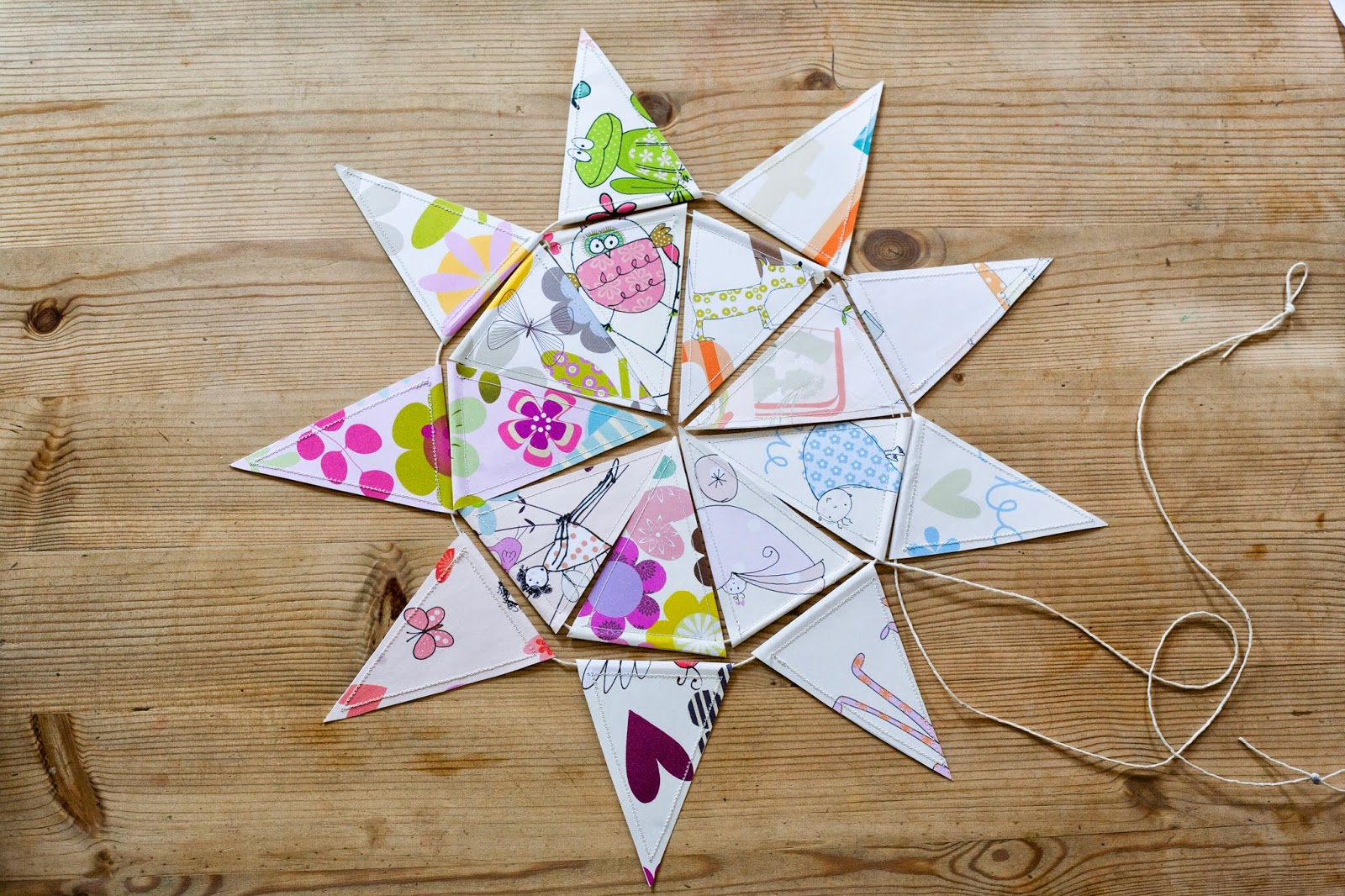 star bunting how to play with gift wraps Liz and Pip Ltd
