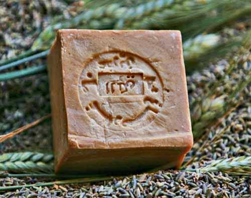 www.meafterhoursblog.blogspot.com