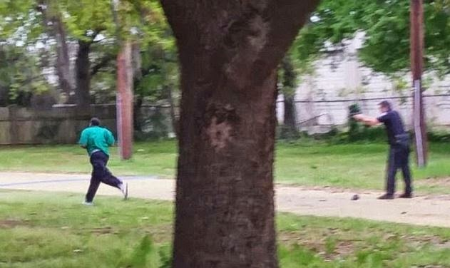 White cop caught shooting unarmed black man 8 times to death-Walter Scott