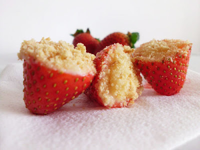 Strawberry Cheesecake Bites | www.happyhealthymotivated.com