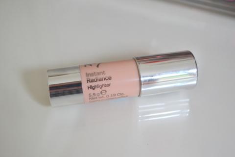 No7 Instant Radiance Highlighter