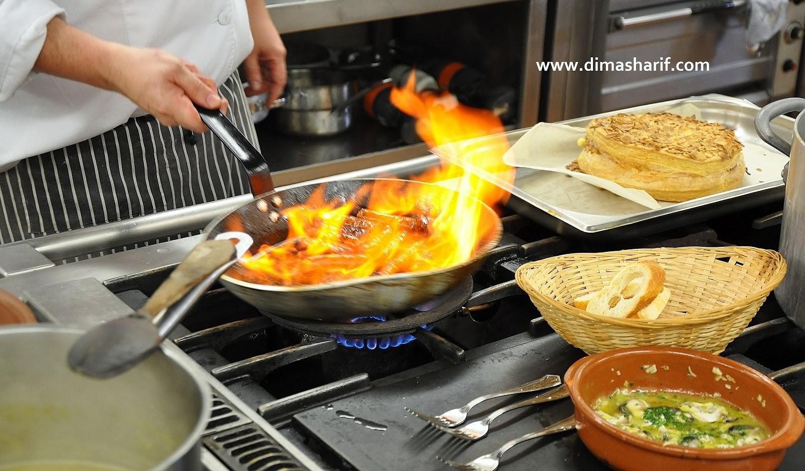 http://1.bp.blogspot.com/-545n-CiWSR8/T7iClT6BfEI/AAAAAAAAEAQ/bdQQ8kDM5cI/s1600/DSC_SanSebastian+Parte+Gastronomic+Society+kitchen+0984_DimaSharif.jpg
