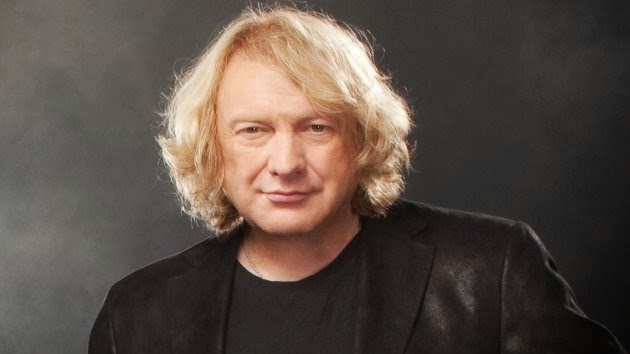 how tall is lou gramm