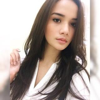 Kumpulan Foto Cantik Damita Argoebie
