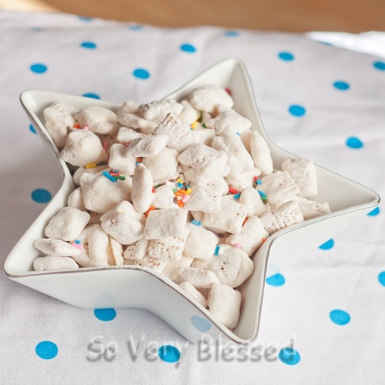 Cake Batter Puppy Chow Recipe