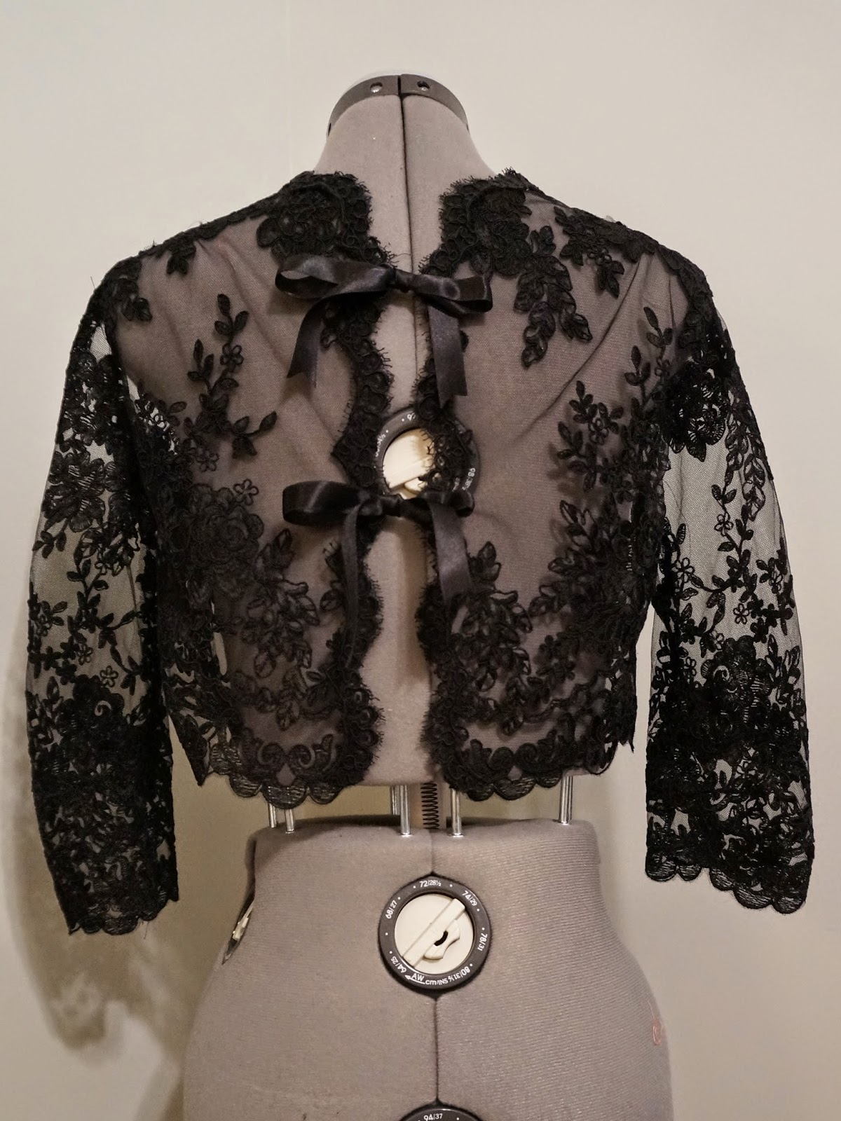 Black Lace Crop Jacket | allie J. (alliemjackson.com)
