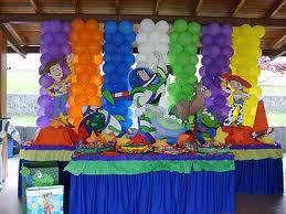 DECORACIÓN CON GLOBOS CON TOY STORY decoracionesparafiestasinfantiles.blogspot.com/