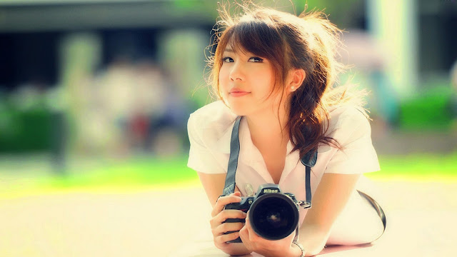 2576-Girl With A Camera HD Wallpaperz