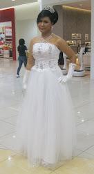 Gaun Putih A