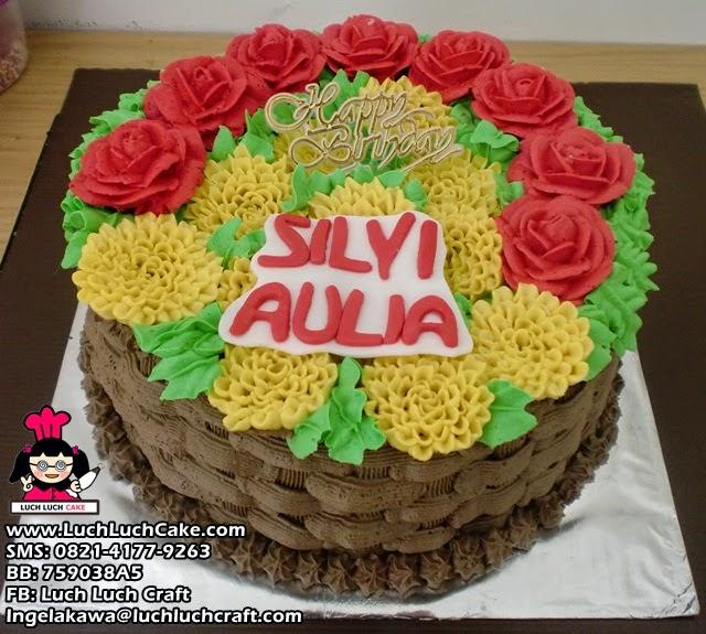 Kue Tart Ulang Tahun Bunga Mawar