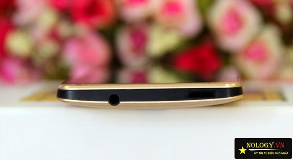 HTC One M7 test rắc cắm