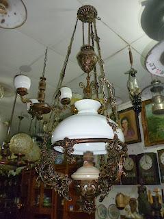 Lampu Gantung Kerek Antik Kap 40 Motif Singa
