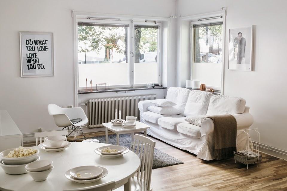 Un apartamento decorado en blanco acierto seguro for Departamentos decorados en blanco