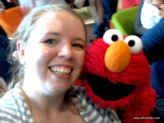 Elmo selfie