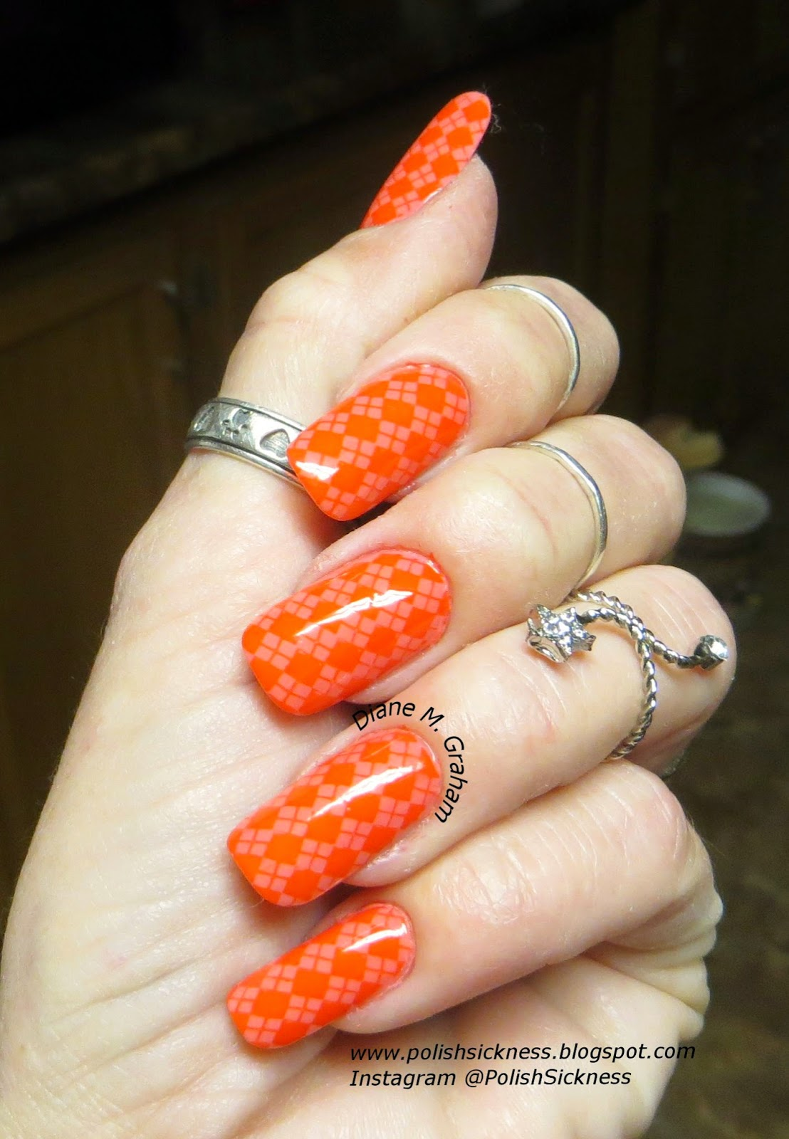 Sinful Colors Island Coral, Loreal Precious Coral, MoYou Pro 01 stamp