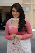 Hansika Motwani latest Photos from Oh My Friend-thumbnail-8