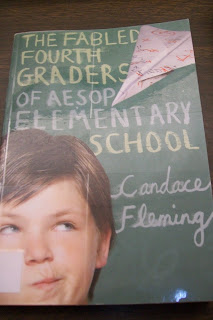 Using book sales in the elementary classroom! Read on to find out how this can be done, and download the FREE rubric to grade your students!
