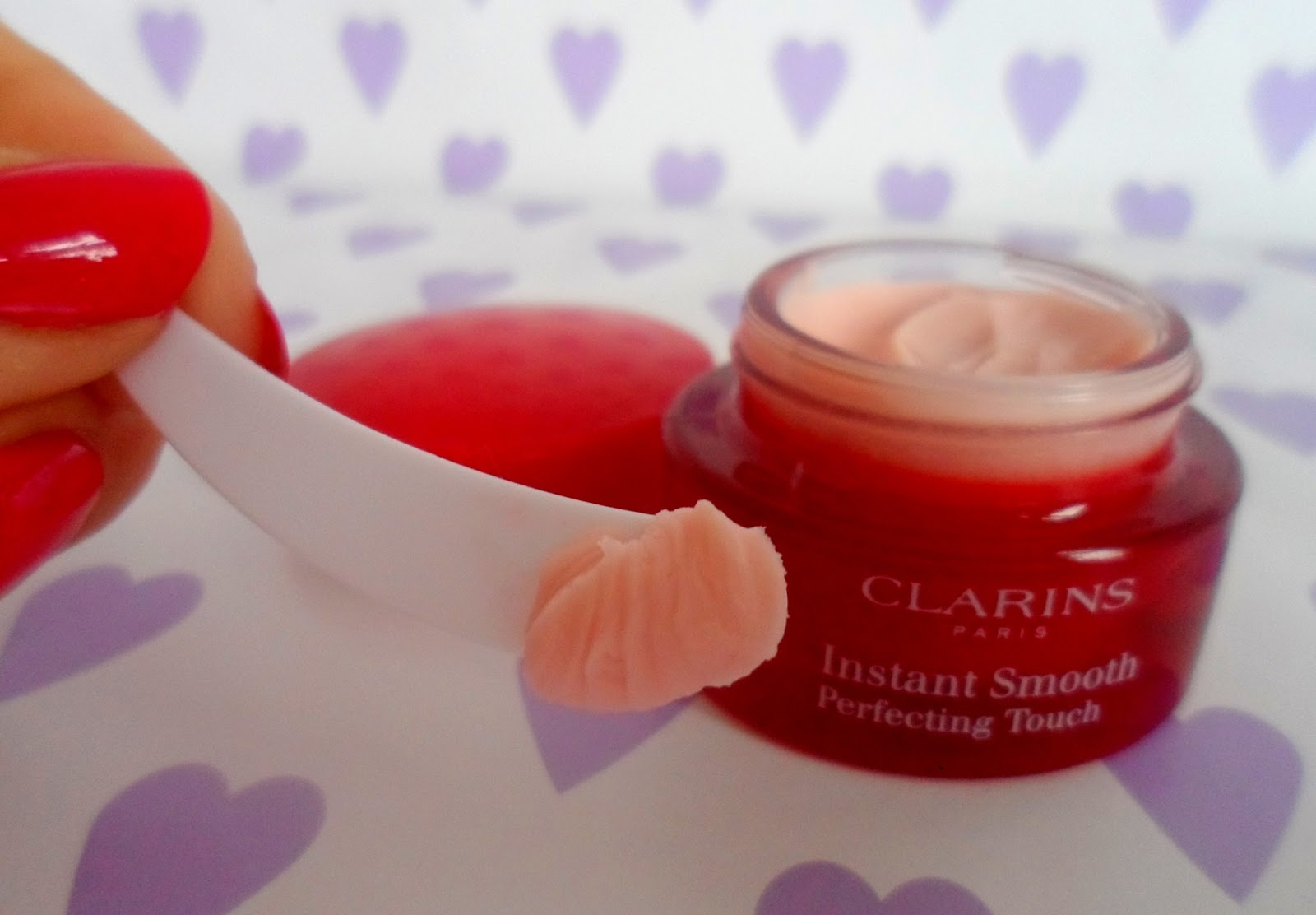 clarins smooth perfecting touch