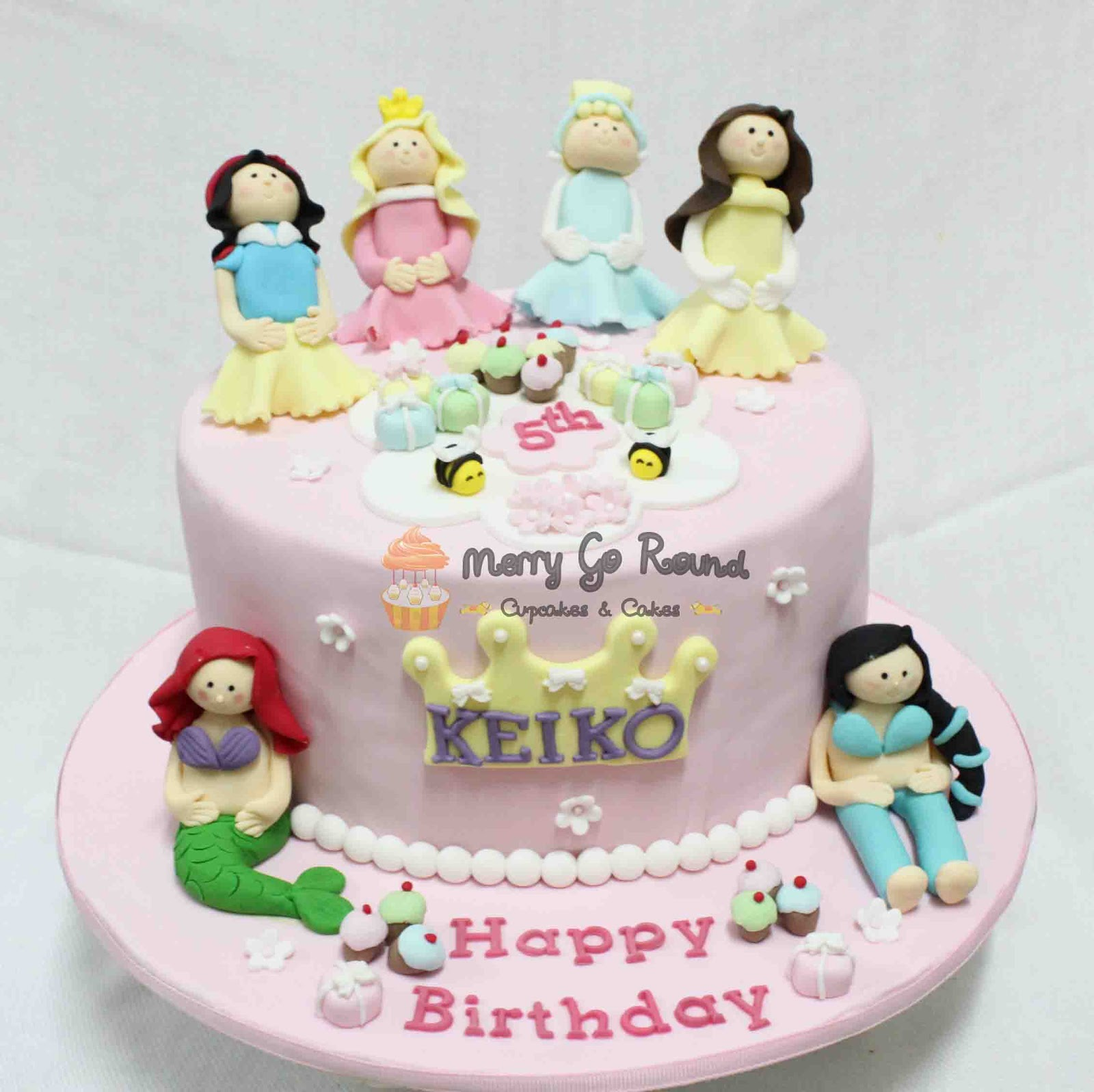 Merry Go Round Cupcakes Cakes Disney Princess birthday Cake