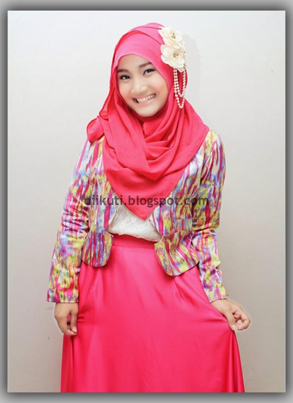 Baju Kaos Dan Kemeja Busana Muslim Wanita Trendy Warna Pink