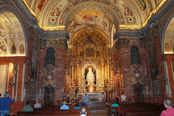 Interior Basílica de la Macarena.