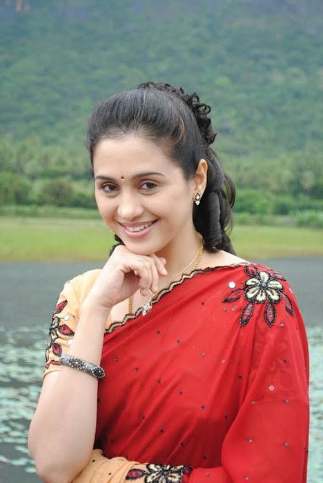 devayani @ kodi mullai tv serial