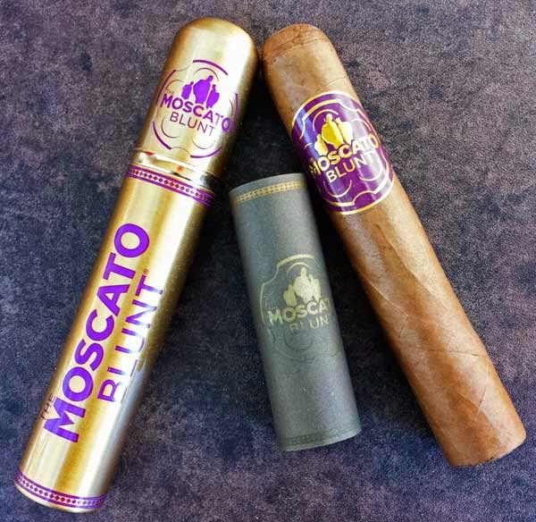Moscato Cigars Blunt Robusto Tube Cigar
